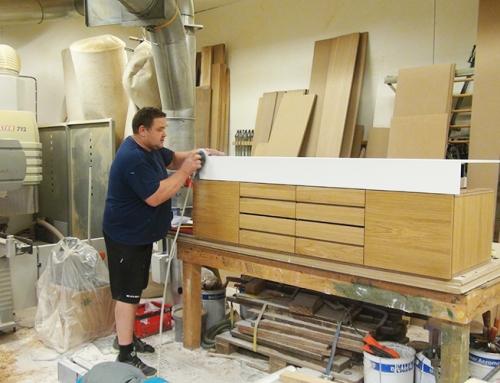 Møbelsnekkeren og handverk tradisjoner